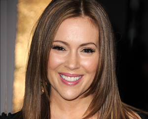 Alyssa Milano Joins Mistresses, Royal Pains Casts New Doctor – TVLine