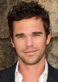 'Bent's David Walton To Star In CBS' Greg Malins/Greg Berlanti Comedy Pilot – Deadline.com